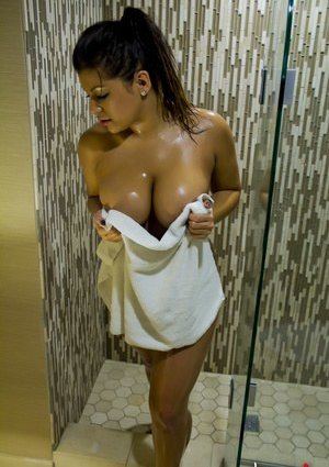 Nude Girls Pictures