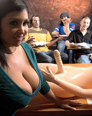 Latina Sexy Toys Pictures